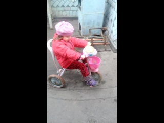 моя киця, вже така велика))