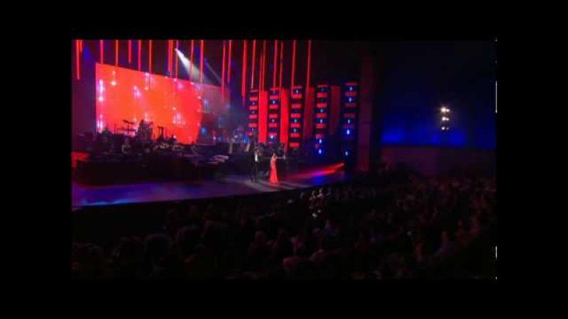 Yanni Voices Concert: Vivire Por Ti - Olga Tanon, Nathan Pacheco (Live in Acapulco 2008 2 of 4)