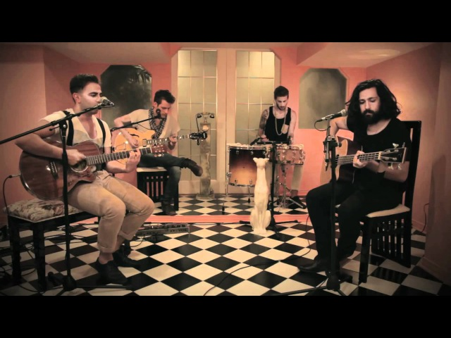 Casino - Bizarre Love Triangle (Acoustic Cover)