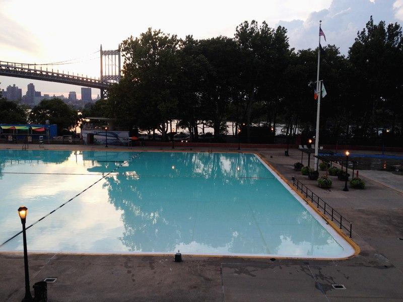 Городской бассейн
