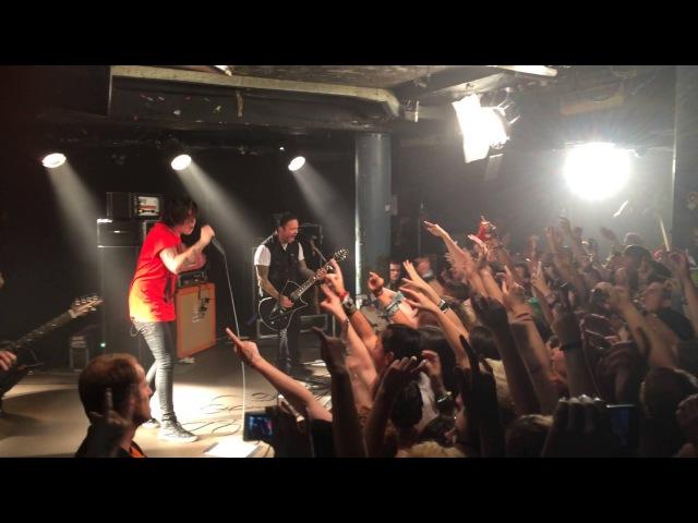 Sleeping With Sirens - Kick Me (Live @ London Underworld 21.08.2014)