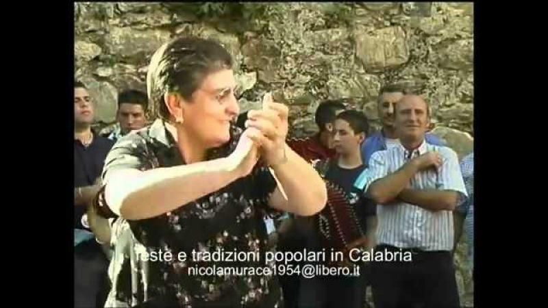 EVVIVA A CCU BALLA! il rito della tarantella a Polsi.flv