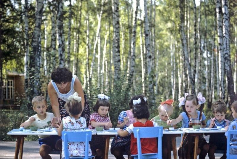 IW9qRUY Ato - 19 фото о счастливой жизни в СССР