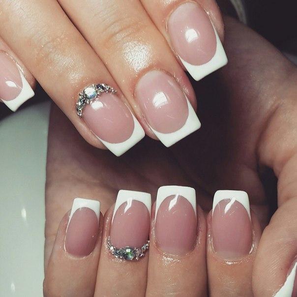 Милые девушки, приглашаем вас на курсы маникюра и наращивания ногтей:)