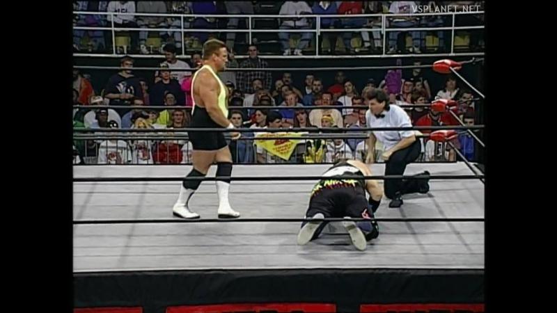 Scott Norton vs the Shark, WCW Monday Nitro 31.10.1995