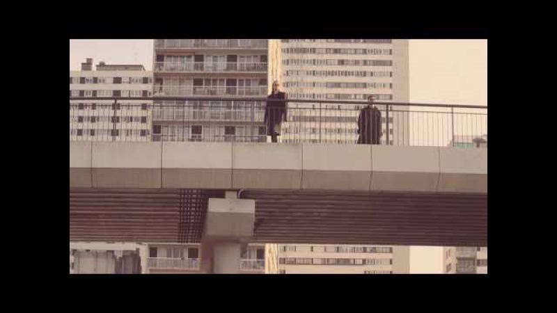 El Columpio Asesino - Toro