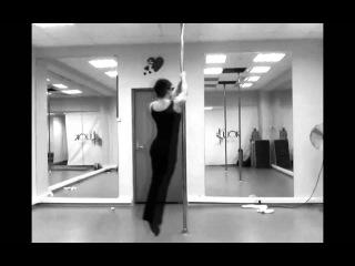 Anzhela Kulagina - strength tricks on the pole