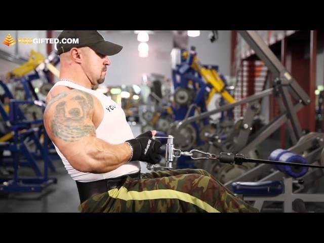 Бодибилдинг. Упражнения для спины. Тяга нижнего блока.