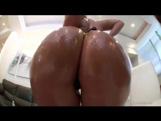 Porno Star ∞ Monica Santhiago обалденная латинская попка вся в масле, черные стринги, загорелая девушка, best anal, hot sex, ddf