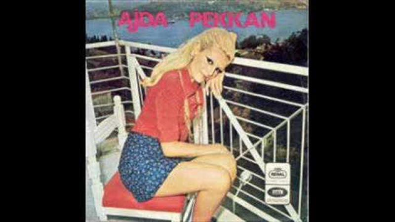 Ajda Pekkan - Boşvermişim Dünyaya (1967)