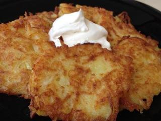 Драники (Деруны) - Невероятно Вкусные Соус Специально Для Них | Potato Pancakes, English Subtitles