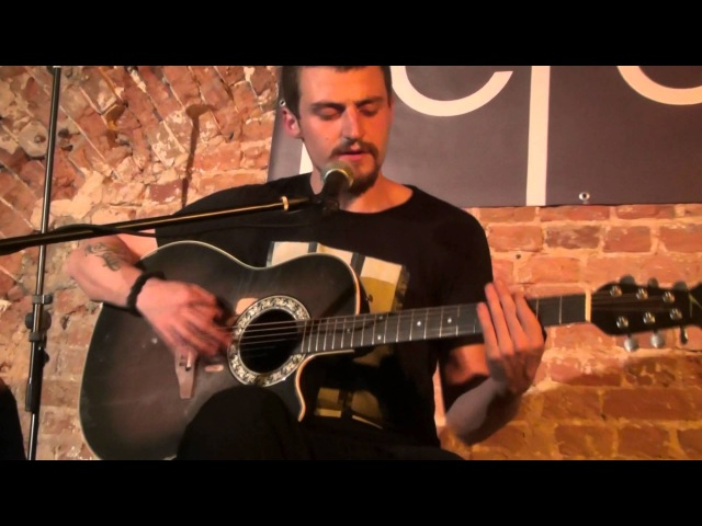 Anton Vosmoy - 2013.08.02 - live in Gegel bar, Moscow (acoustic set, solo)