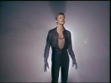 David Bowie - Heroes (Official Music Video) (1977)