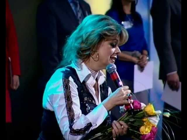 Л.Казарновская поёт Ave Maria на Вселенском Соборе Св.Руси