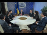 Інтерв'ю Арсенія Яценюка українським телеканалам