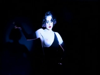 Dita Von Teese - The Crazy Horse Paris - Backstage Interview