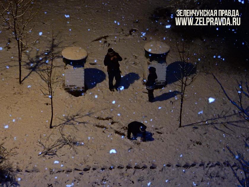 В станице Зеленчукской пошел первый снег