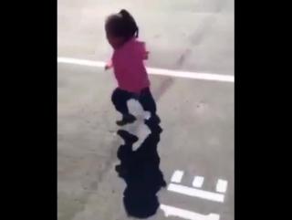 Ребенок боиться совственный тены