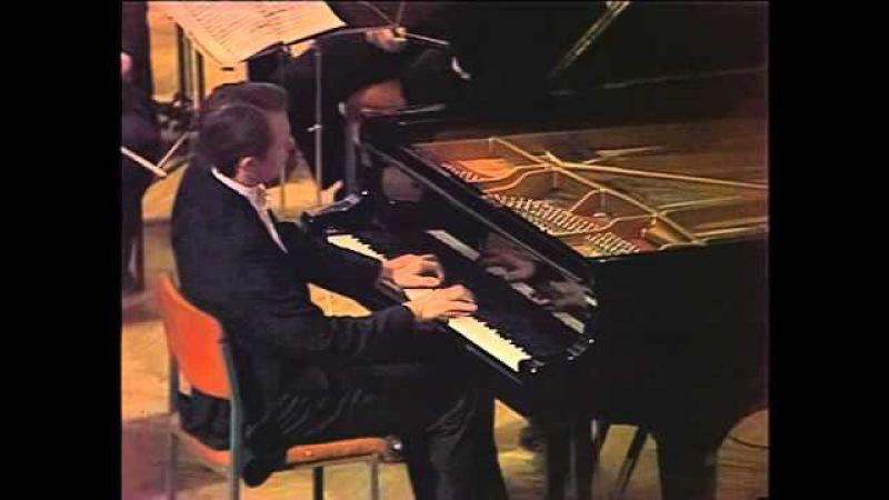 Mikhail Pletnev - Mozart Concerto KV 488 2nd