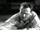 Песня «Чёрный ворон» из кинофильма Чапаев 1934 в исполнении Бориса Бабочкина.