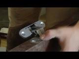 Врезка скрытых петель при установке межкомнатных дверей