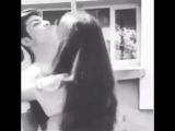 Когда твоя девушка хочет поцеловать тебя☺️
