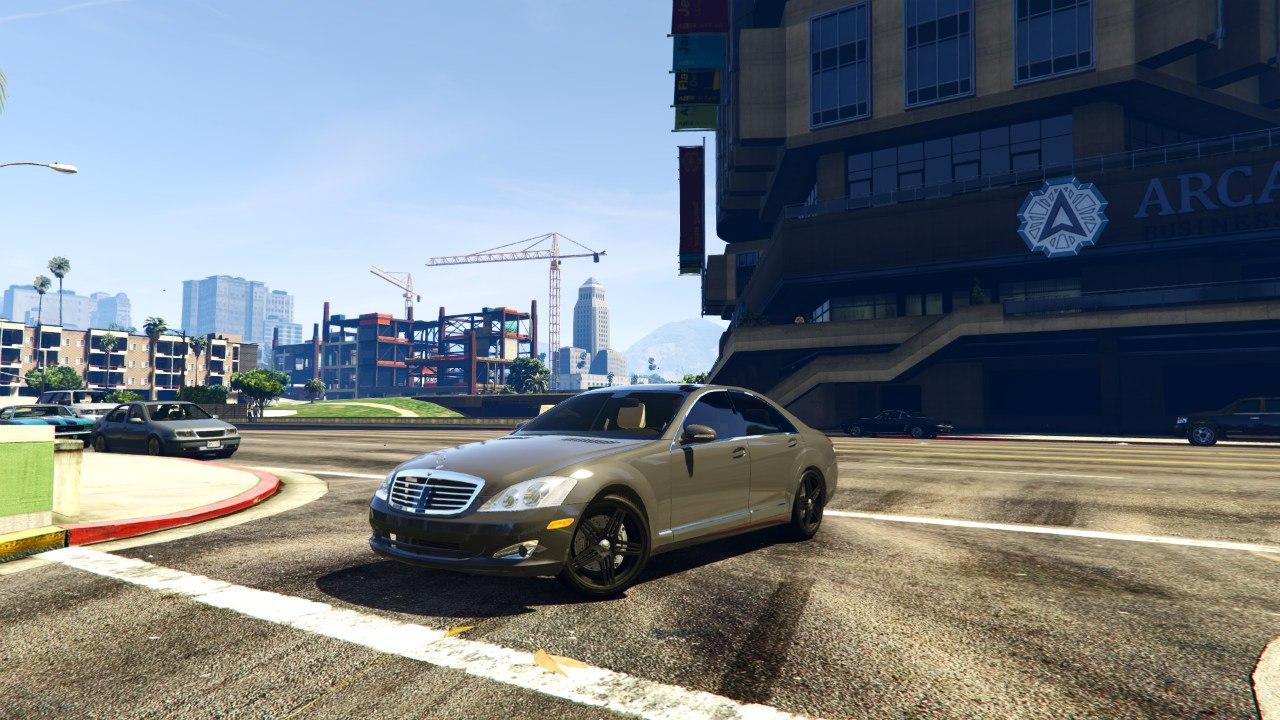Mercedes-Benz S-Class W221 (2007-2009) 0.5.2 [ALPHA] для GTA V - Скриншот 1