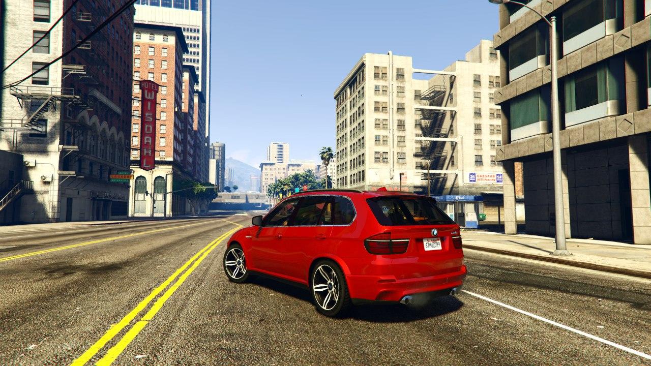 BMW X5M 2013 v1.01 для GTA V - Скриншот 2