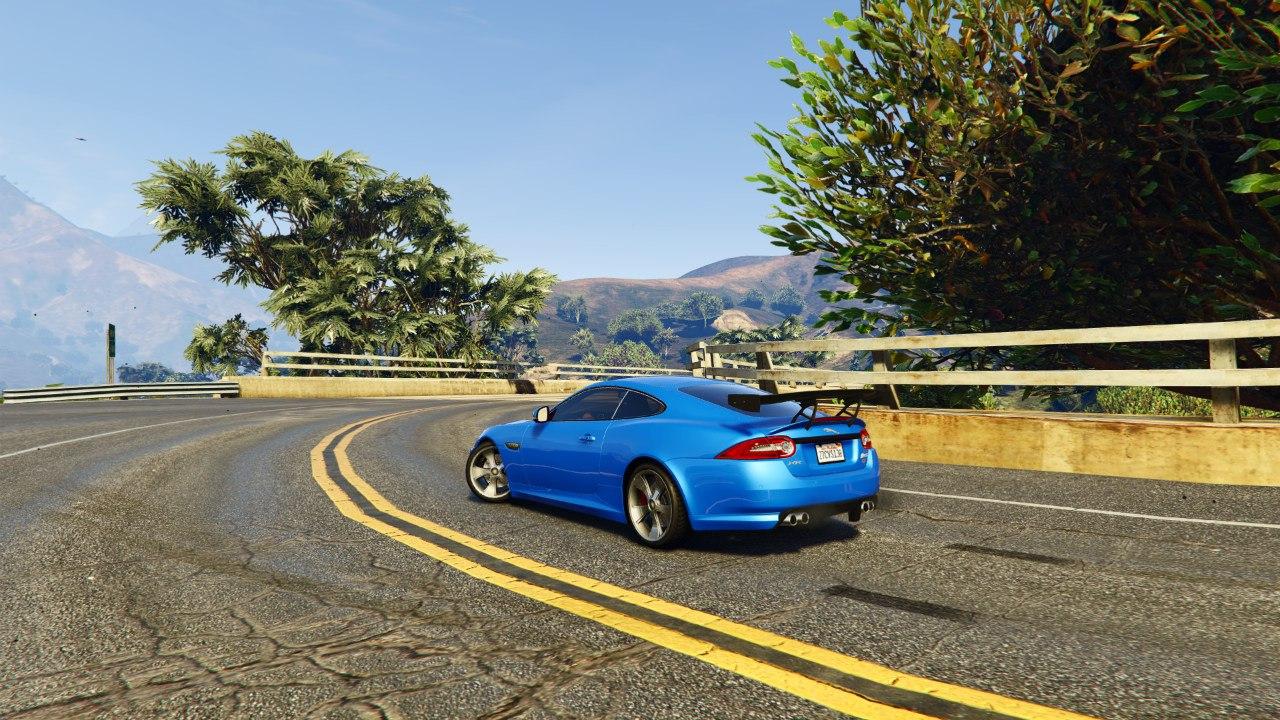 Jaguar XKR-S GT 2013 для GTA V - Скриншот 3