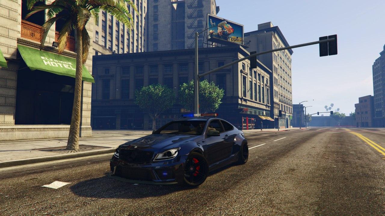 Black Rocket Bunny C63 AMG Police 1.1 для GTA V - Скриншот 2