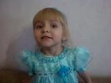 Маленькая девочка поет ГИМН РОССИИ