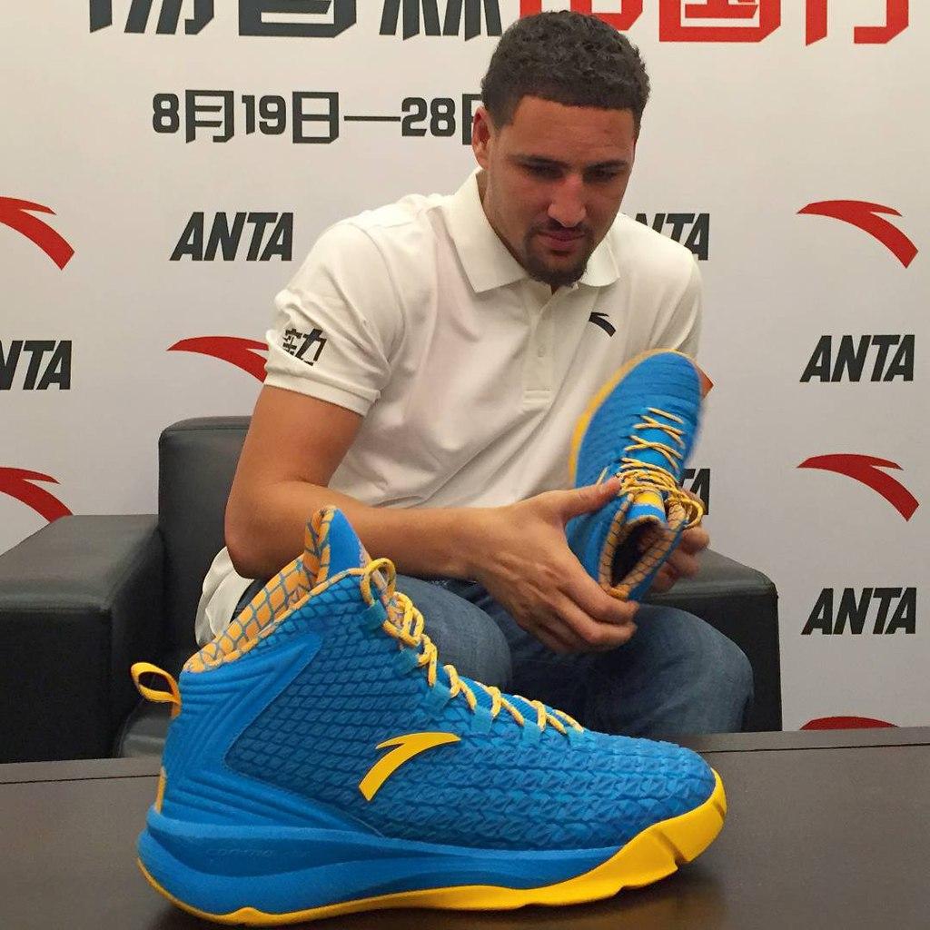 d5cd302c ANTA представила первые именные баскетбольные кроссовки Klay ...