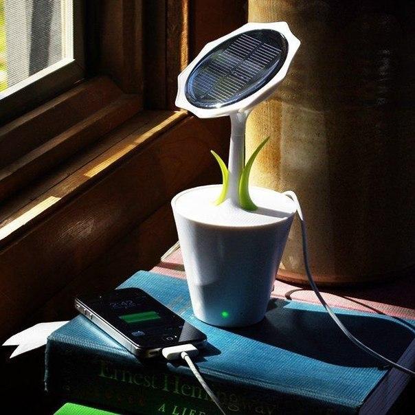 зарядка на солнечных батарейках