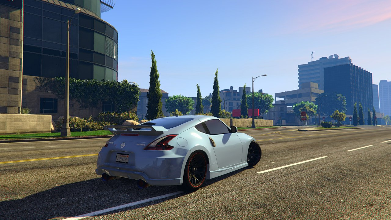 Nissan 370z для GTA V - Скриншот 1