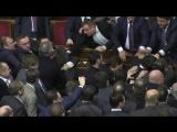 Барна vs Яценюк драка в  Верховной Раде 11.12.2015