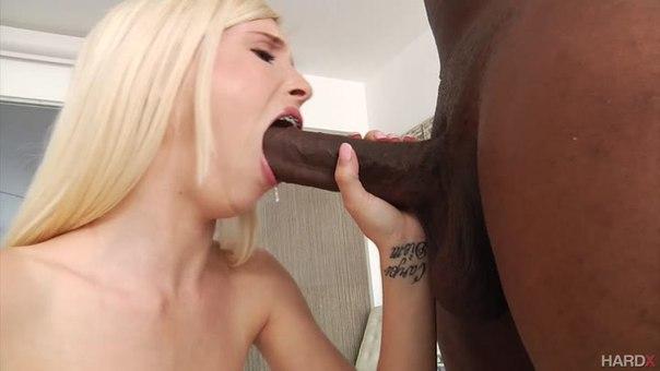 Hardx – Piper Perri – Tiny Blonde Goes Black