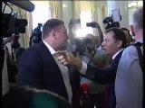 Депутат Шевченко точным ударом отправил Ляшко в нокдаун (14 августа 2014)