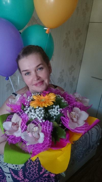 Юлия Манохина