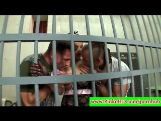 порно шлюха в тюрьме