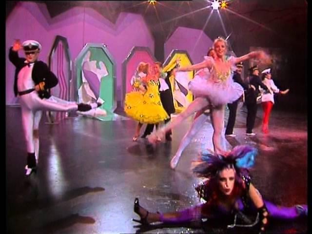 Ricchi e Poveri - Voulez Vous Danser (Studio Performance '84)