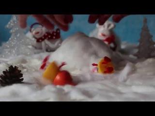 Новогодние приключения Свинки Пеппы . 1 серия. Вкусная находка в лесу.