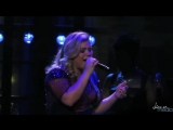 Келли Кларксон Kelly Clarkson Covers Cool for the Summer Деми Ловато Demi Lovato at Staples Center 19 08 2015 HD