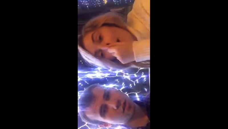 KseroN и Анна Корнильева в Periscope Секс в кафе Трансляция от 06 01 16  » онлайн видео ролик на XXL Порно онлайн
