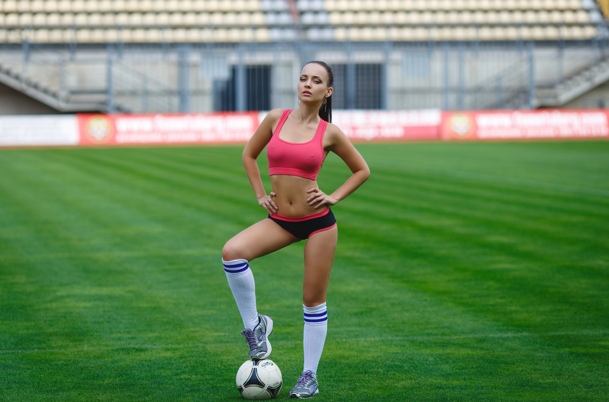girls-playing-sports-top-sexy-porn-pics