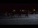 танец с чемоданами