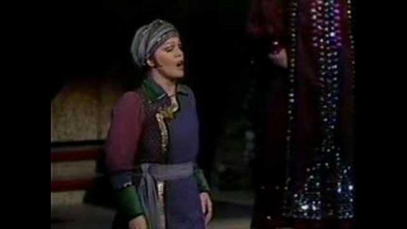 Katia Ricciarelli Turandot Liu's Death Scene