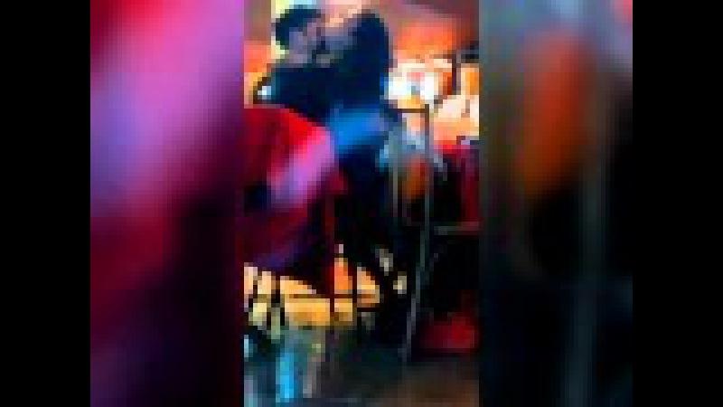 Casal faz sexo em restaurante lotado no Rio de Janeiro
