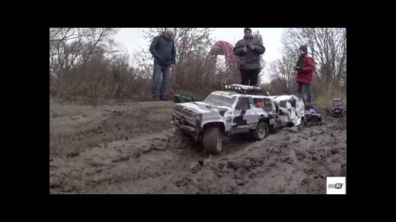 Gmade Komodo,AXIAL SCX10,Vaterra Ascender,HengGuan HG-P601 6WD in mud...