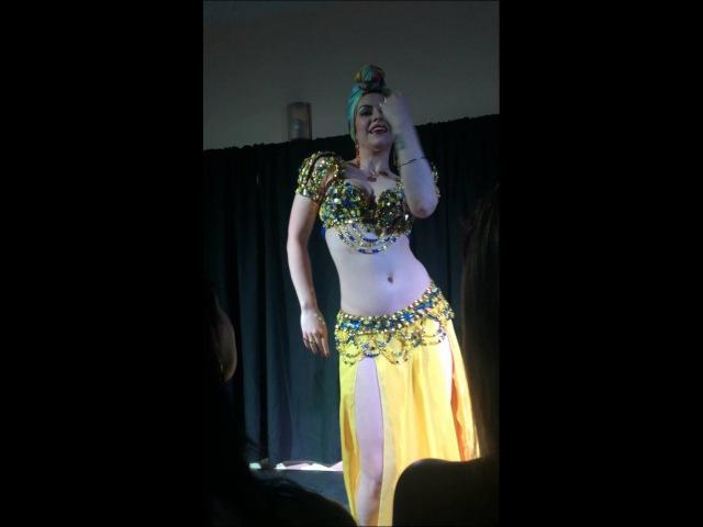 Esmeralda Colabone - Dancesmeralda- Festa 02 anos MH.