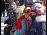 Инициативные тогурчане, построившие снежный городок во дворе дома №73 на ул. Советской, организовали концертную программу на вое